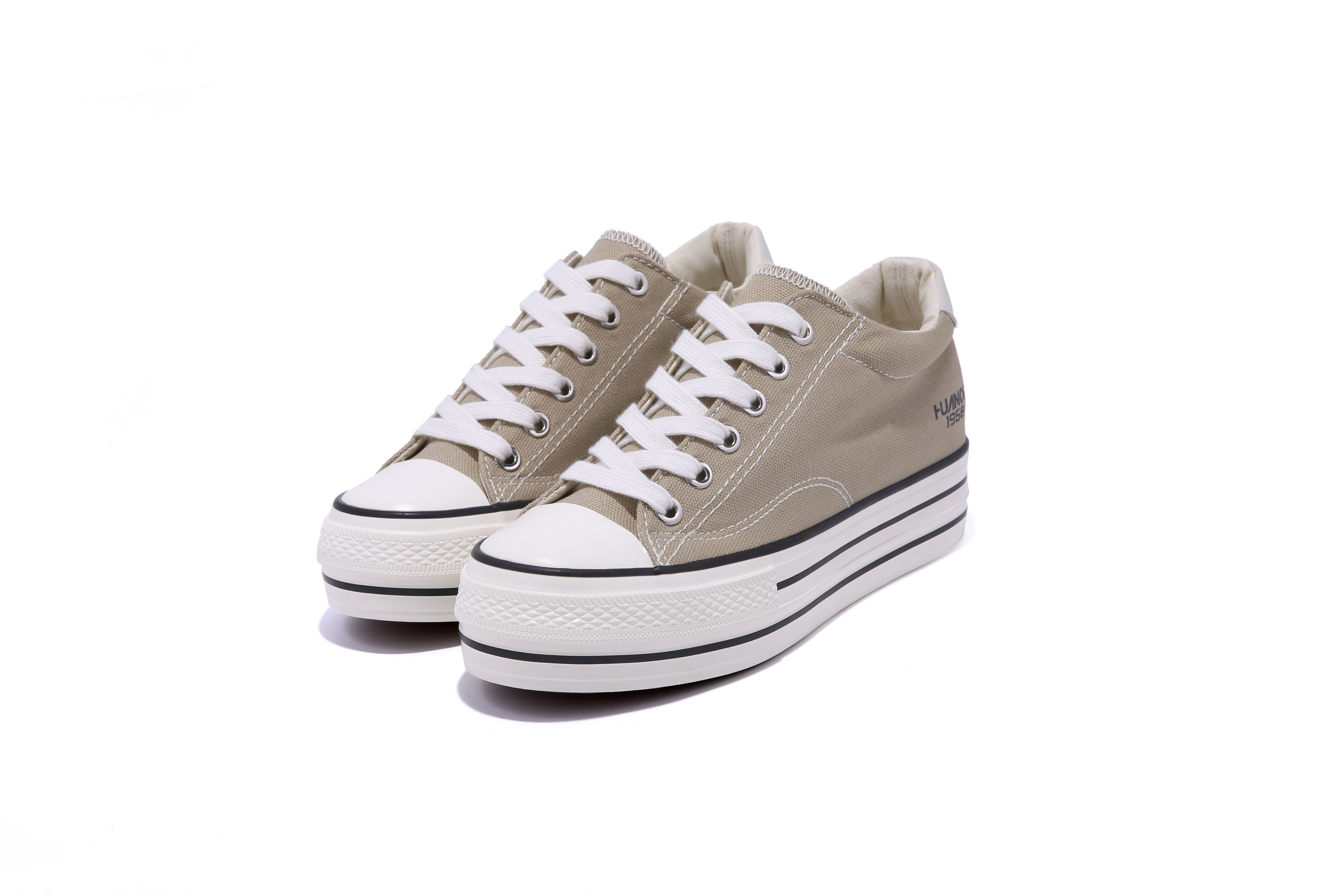 Attractive Price Low Price New Fashion Canvas Shoes For Women
